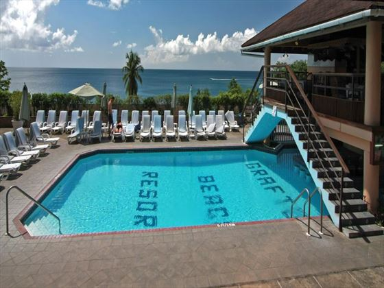 Grafton Beach Resort pool