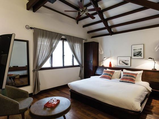 Classic Rooms at Heritage Suites, Siem Reap