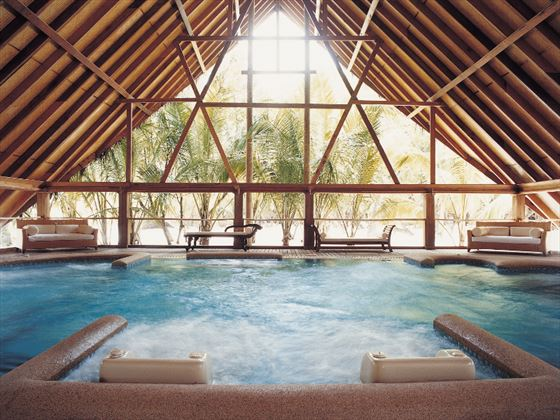 Hydrotherapy pool at Cocoa Island