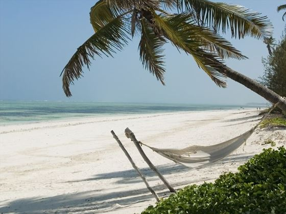 Breezes beach club spa zanzibar africa wedding for Canape zanzibar