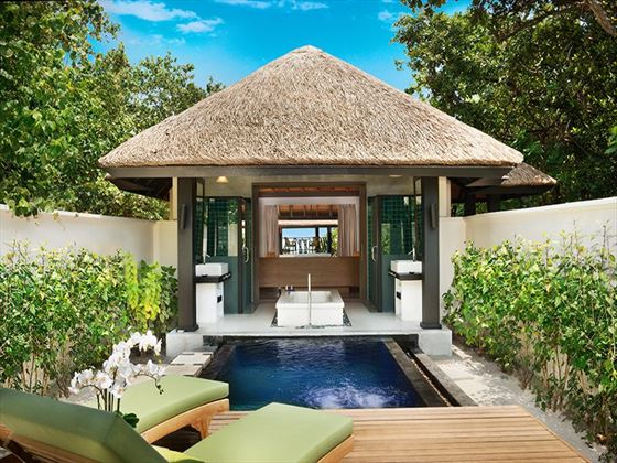 JA Manafaru Beach Bungalow plunge pool