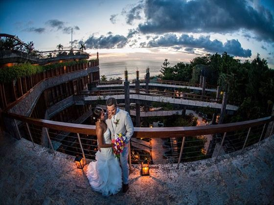 Bride & Groom, Jade Mountain