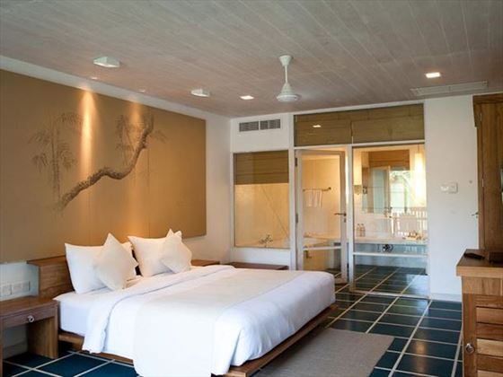 Jetwing Blue Super Deluxe Room
