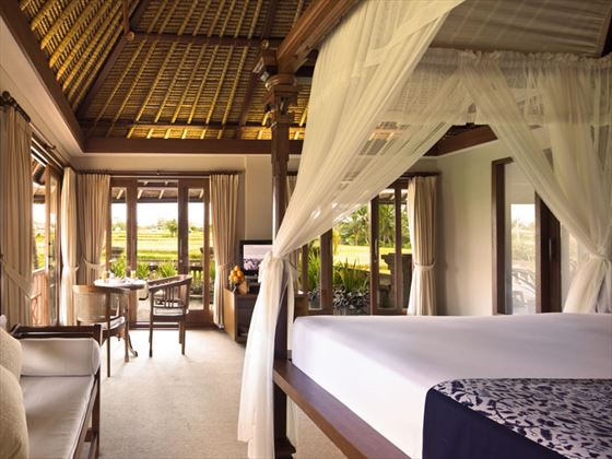 Kamandalu Resort & Spa Chalet bedroom