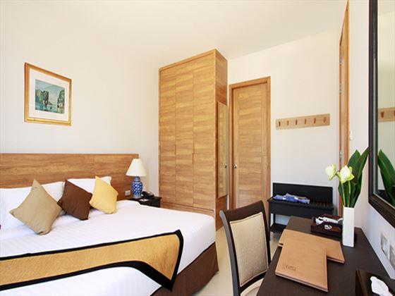 Kantary Beach Suite bedroom