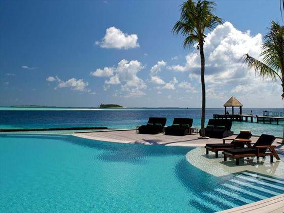 Infinity pool at Komandoo Island Resort