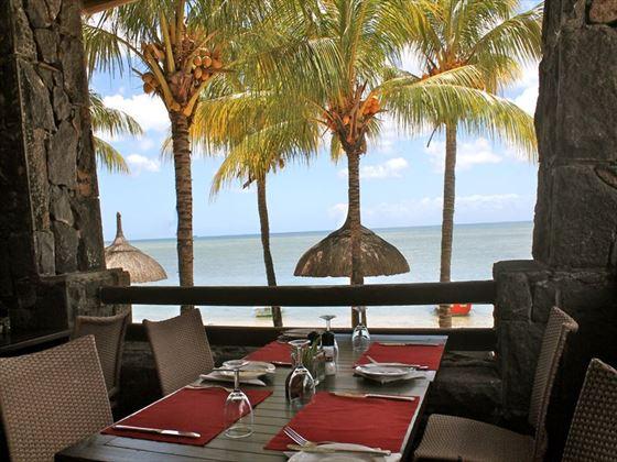 La Baie restaurant terrace, Les Cocotiers