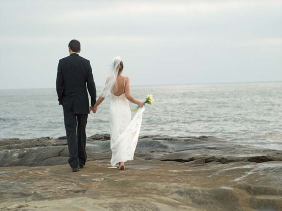 Bride & Groom on La Jolla cliffs
