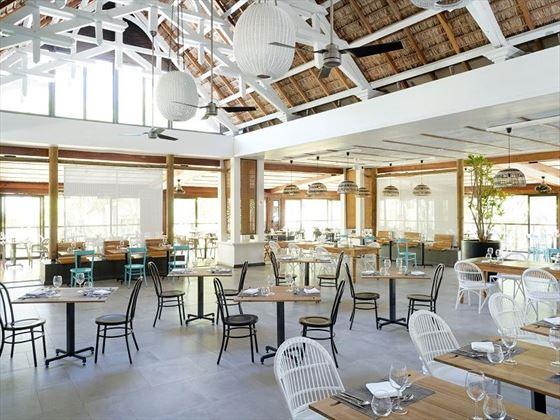 Bénitier Restaurant at Lagoon Attitude