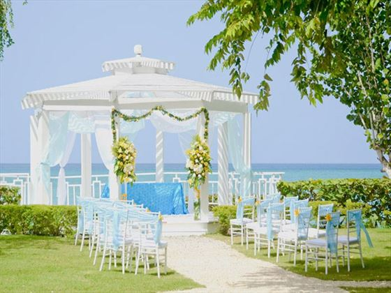 The garden gazebo at Dreams La Romana
