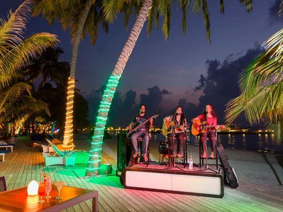 Meeru Island Live Band