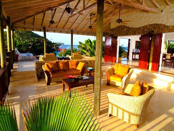 Lounge area at Palm Island