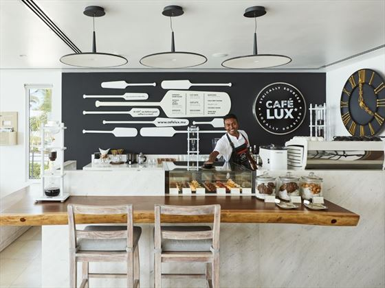 Cafe LUX at LUX* North Male Atoll