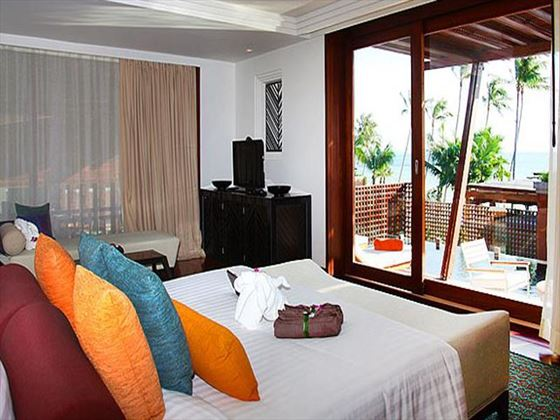 Mai Samui Deluxe Pool Suite bedroom