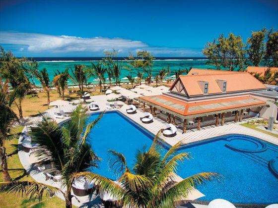 Overview of Maritim Crystals Beach Hotel