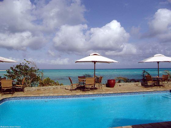 Medjumbe Private Island pool