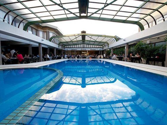 Millennium Hotel pool