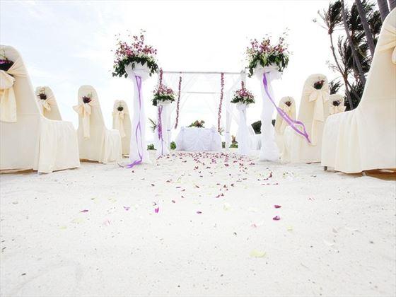 Stunning wedding setting at the Mai Samui