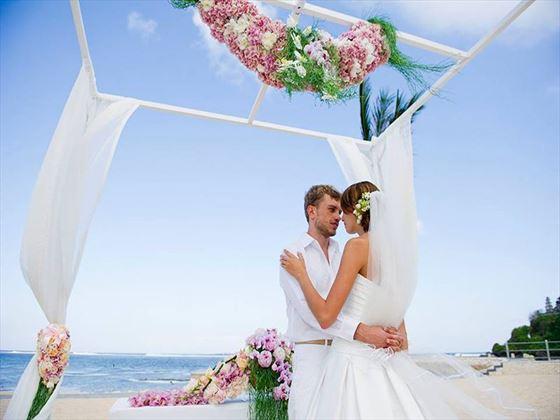 The beach wedding at Mulia Resort