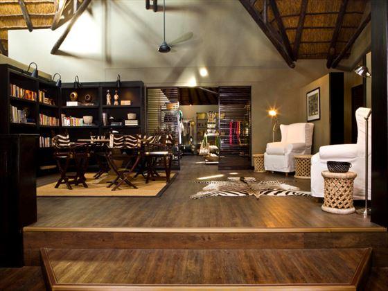 Mushara Lodge lounge