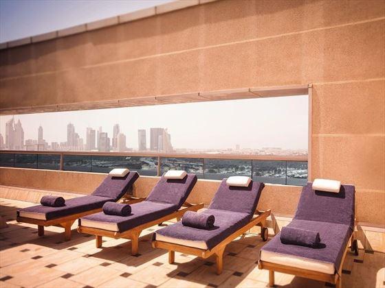 Movenpick Hotel & Apartments Bur Dubai sun loungers