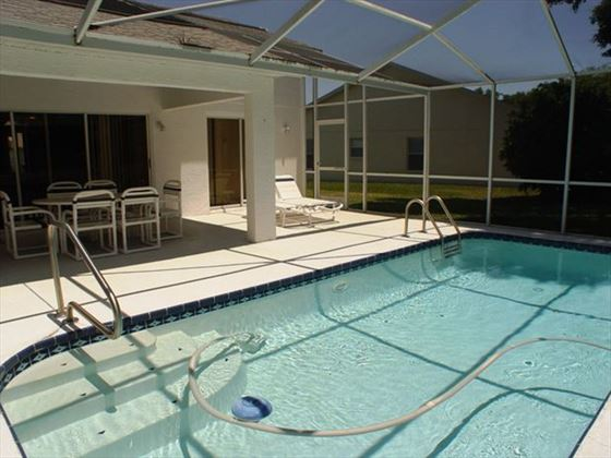 New Port Richey Homes swimming pool