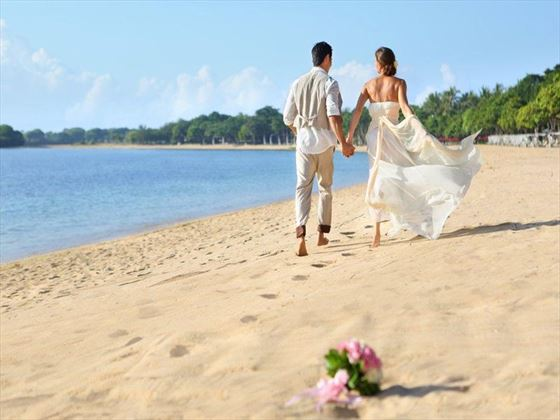 Bride & Groom at Nusa Dua Beach Hotel
