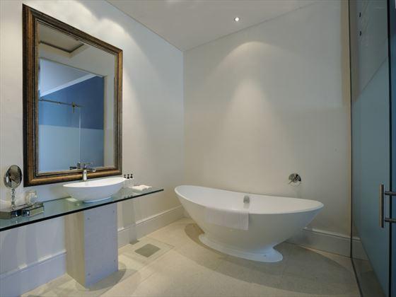 Oude Werf Deluxe bathroom