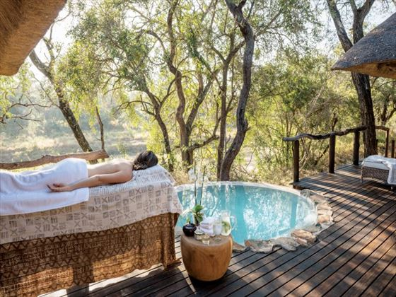 Outdoor massage at Dulini Lodge