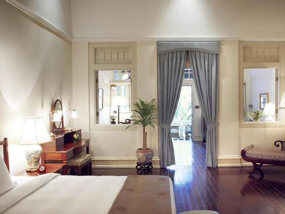 Palm Court Suite