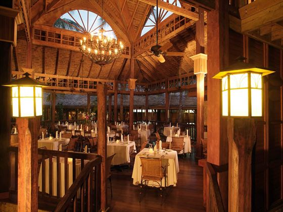 Palm Grove buffet restaurant at Sunset at the Palms