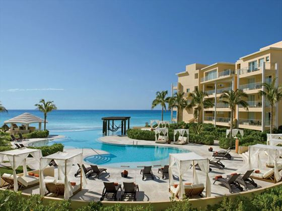 Pool and sun terrace at Now Jade Riviera Cancun