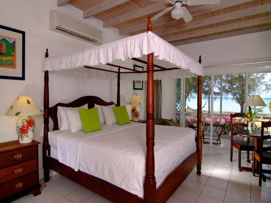 Premier King Suite at Oualie Beach Resort