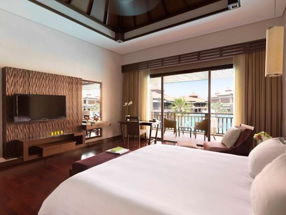 Premier Lagoon View bedroom at Anantara The Palm
