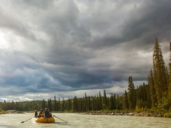 Rafting Blaeberry River, Kootenay Rockies