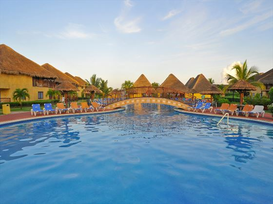 Relaxation pool at Allegro Cozumel