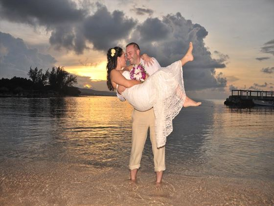Bride and Groom at Jewel Paradise Cove