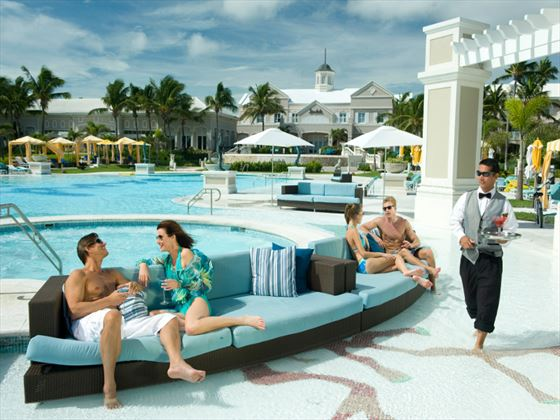 Sandals Emerald Bay swimming pool