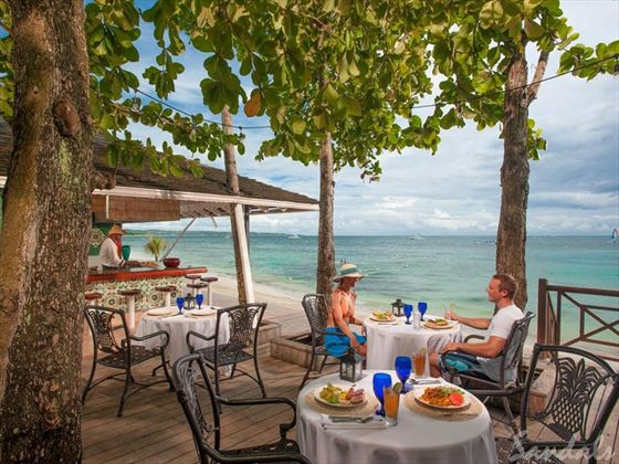 Sandals Negril Beach Resort & Spa, Beach Grill