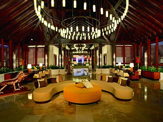 Secrets Playa Mujeres Golf & Spa Resort lobby