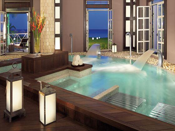 Secrets St James spa plunge pool