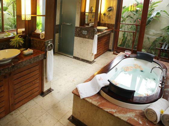 Serene Pavilions bathroom