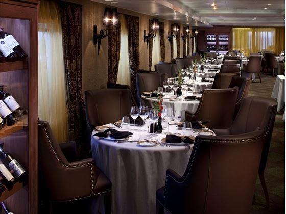 Seven Seas Navigator, Prime Seven restaurant