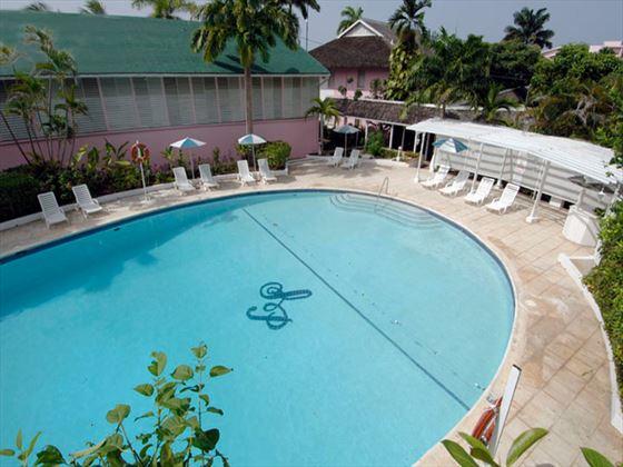 Shaw Park swimming pool