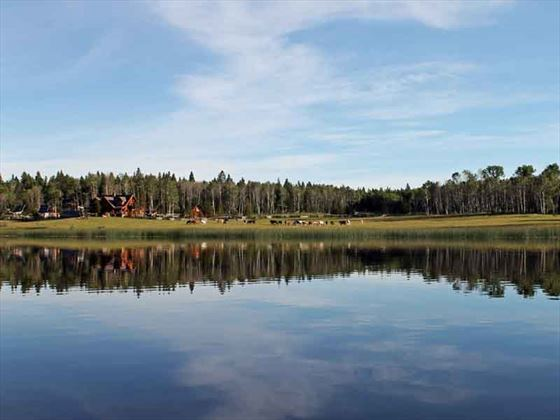 Siwash Lake Wilderness Resort