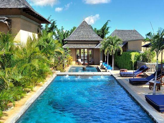 Spa pool at Maradiva Villas Resort & Spa