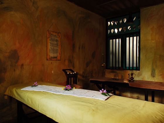 Spa treatment at Jetwing Ayurveda Pavilions