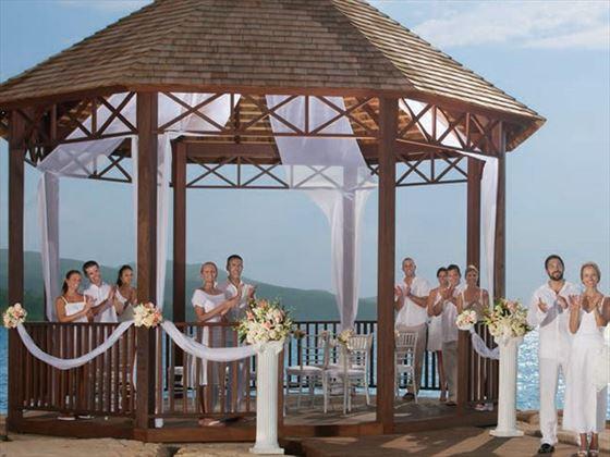Family & friends at the wedding gazebo