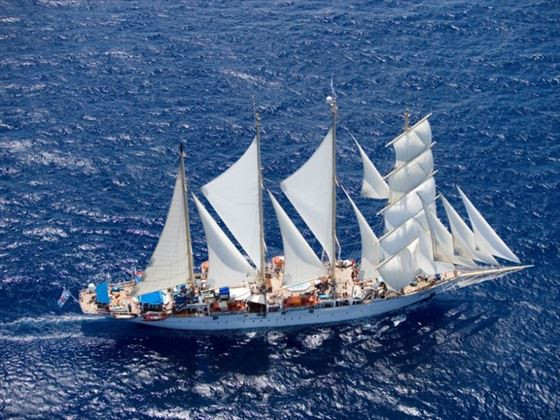 Bali Star Clipper Cruise Bali Book Now With Tropical Sky - Star clipper cruises