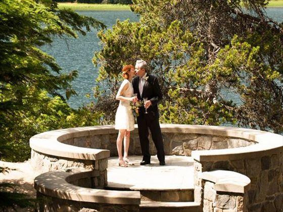 Stone Circle Park Bride & Groom